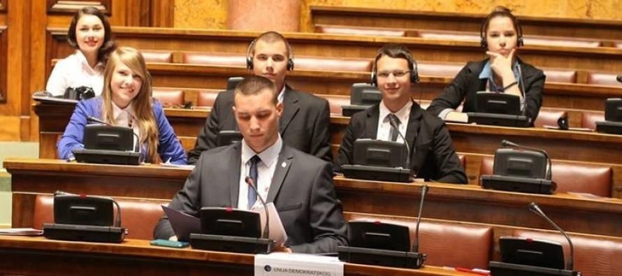 Srednjoškolci u simulaciji rada parlamenta Republike Srbije