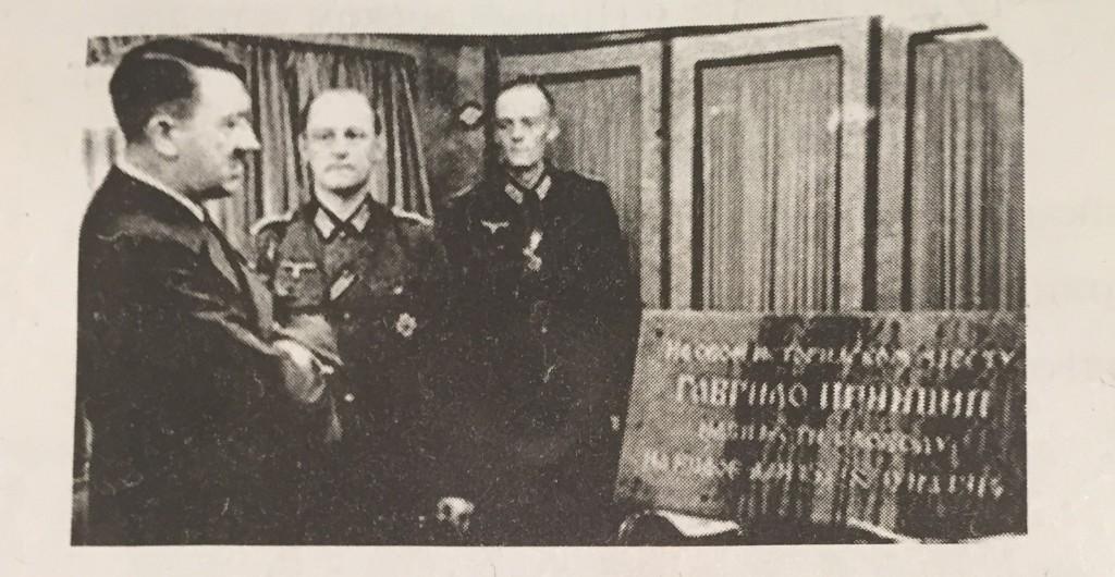 istorija-Adolf Hitler