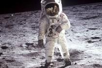 Zašto je Nil Amstrong prvi zakoračio na Mesec?