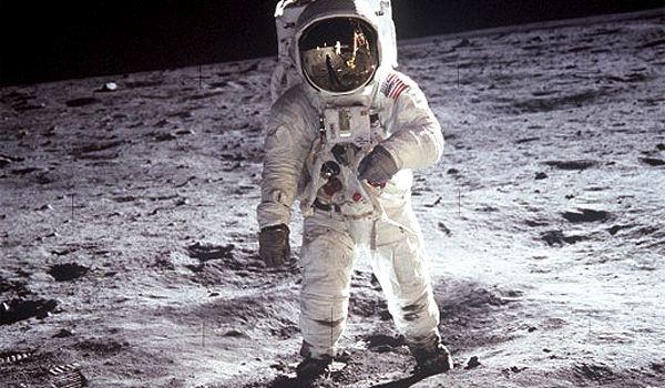Prvi čovek na Mesecu - Nil Armstrong