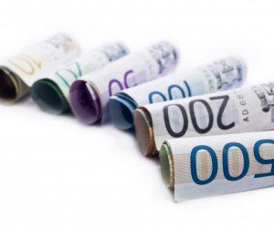 Isplata kredita i stipendija za učenike