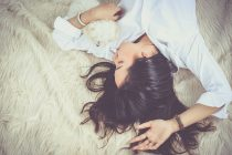 Biološki razlog zašto je tinejdžerima teško da ustanu ujutro