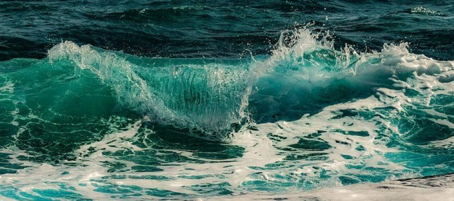 Kako nastaje morska pena?